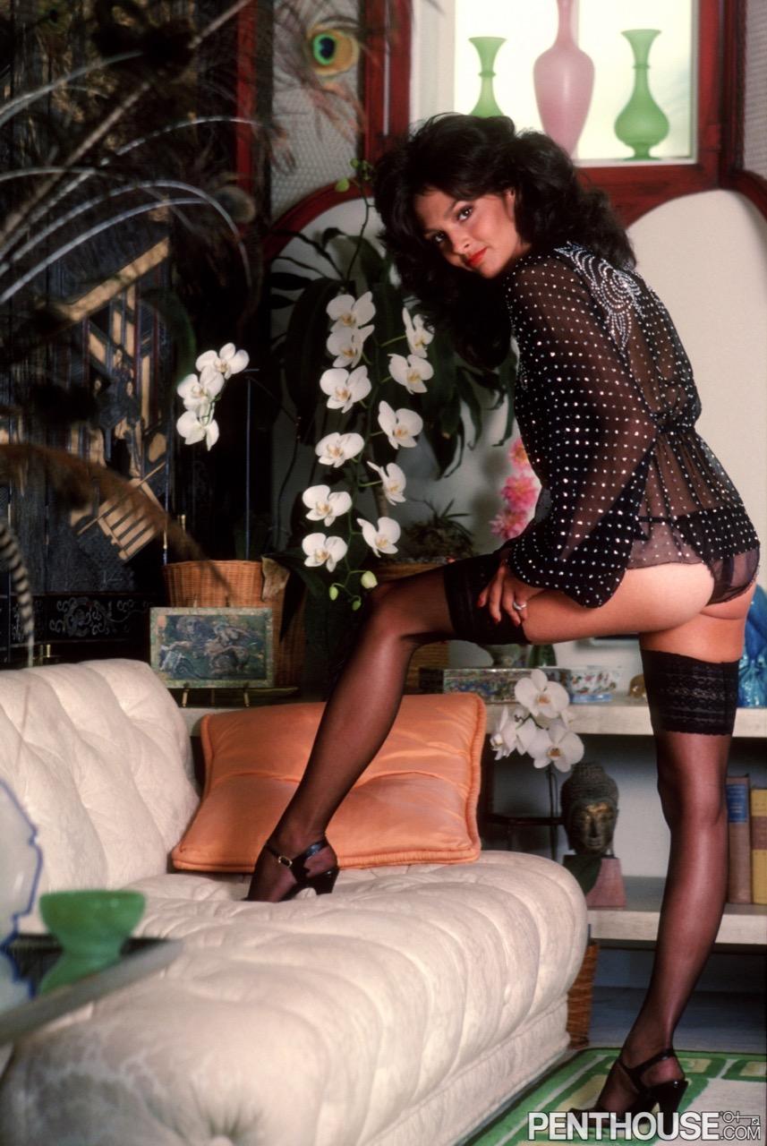 Debora Zullo nude. Pet Of The Month - November 1977