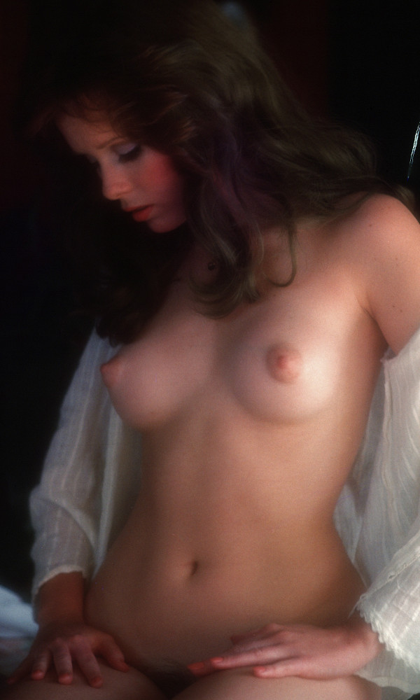 Shonna Lynne nude. Pet Of The Month - April 1977