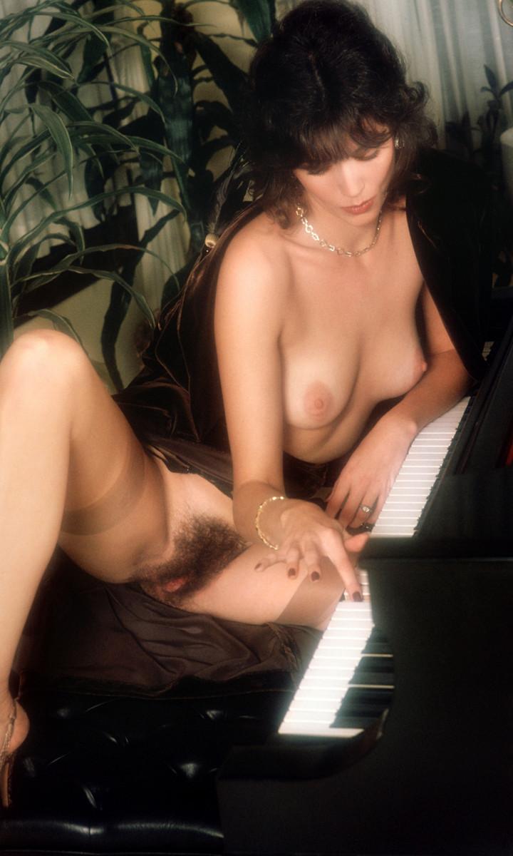 Mary Bess Knight nude. Pet Of The Month - March 1980