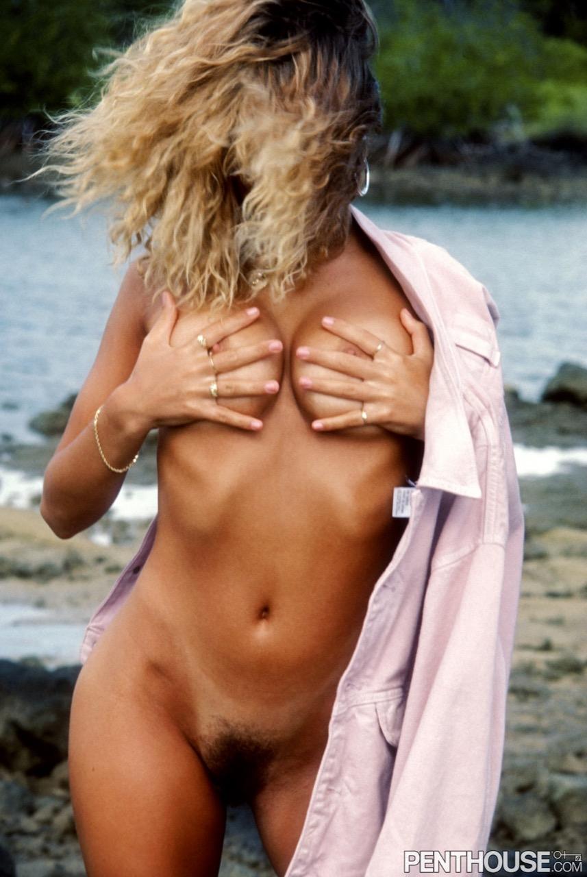 Lisa Mandoki nude. Pet Of The Month - July 1987