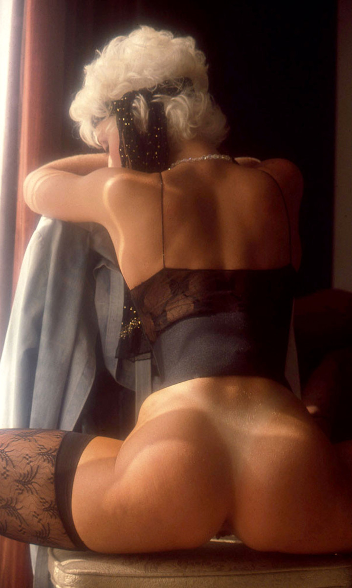 Delia Sheppard nude. Pet Of The Month - April 1988
