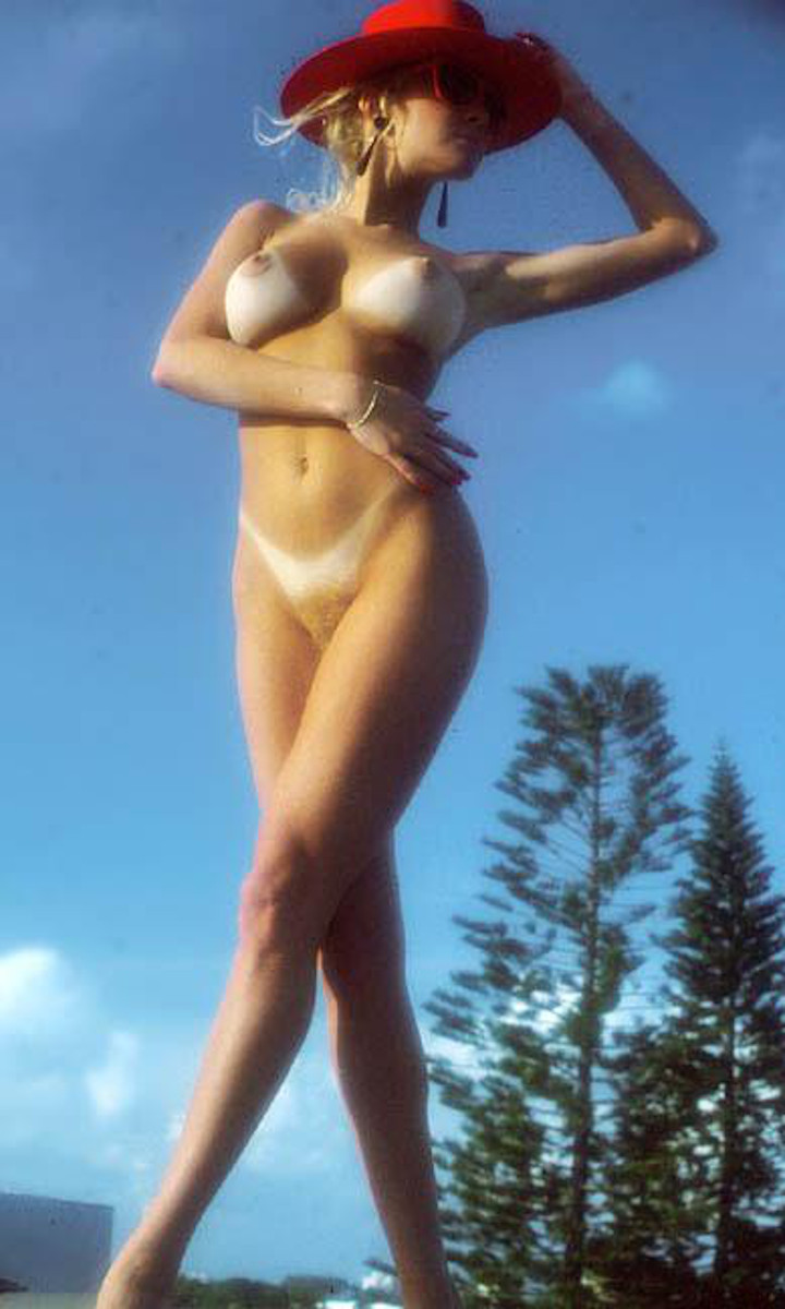 Lisa Aiton nude. Pet Of The Month - August 1988