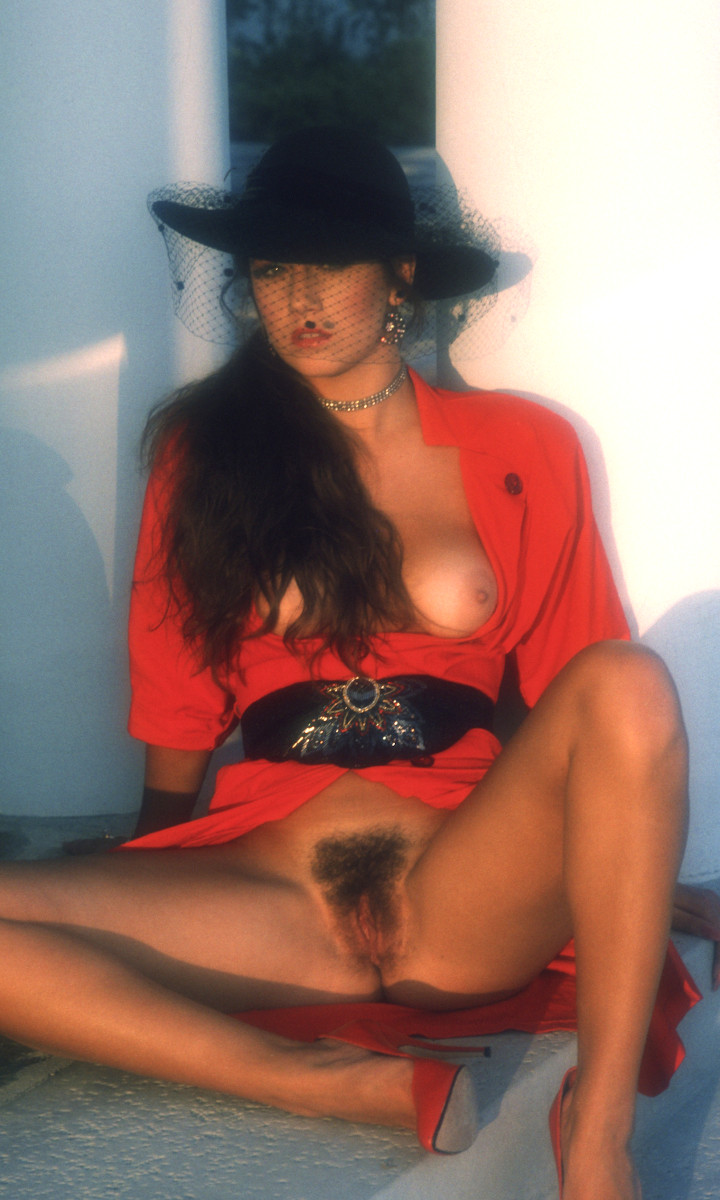 Lisa Davies nude. Pet Of The Month - June 1988