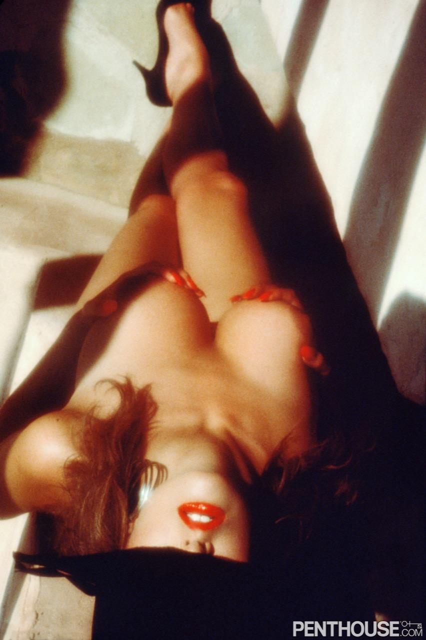 Kirsten Stewart nude. Pet Of The Month - December 1989