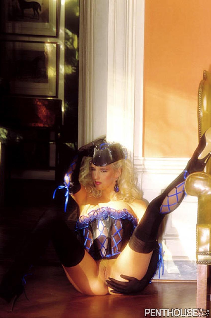 Diana Van Laar nude. Pet Of The Month - December 1990