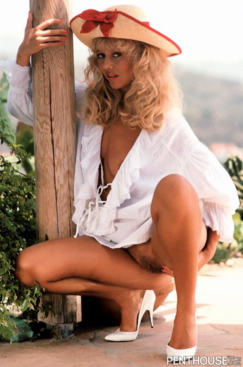 Linda Johansen nude. Pet Of The Month - September 1990
