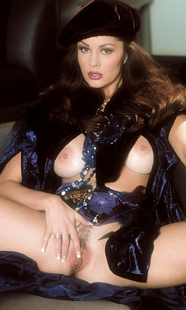 Leslie Glass nude. Pet Of The Month - February 1992