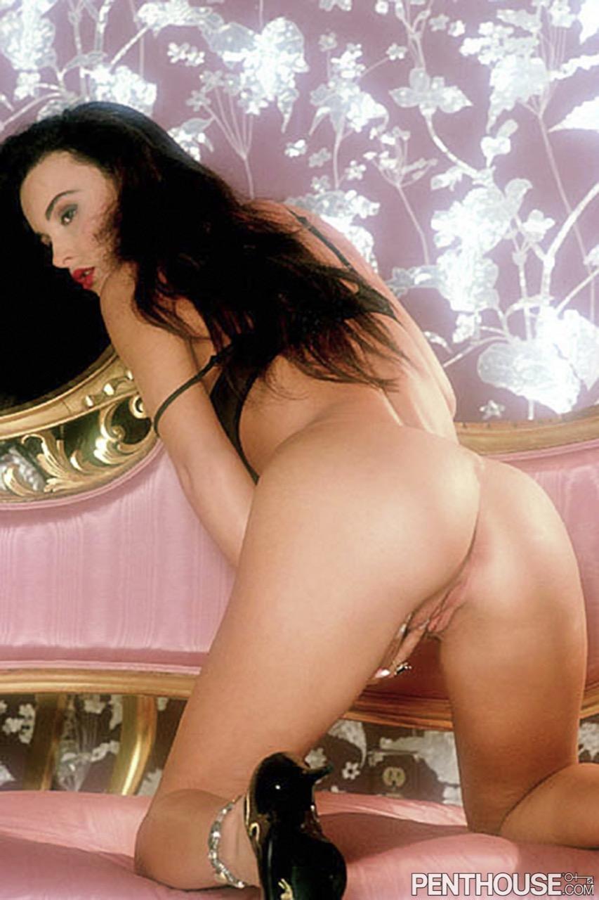 Brandi Lee Braxton nude. Pet Of The Month - December 1994