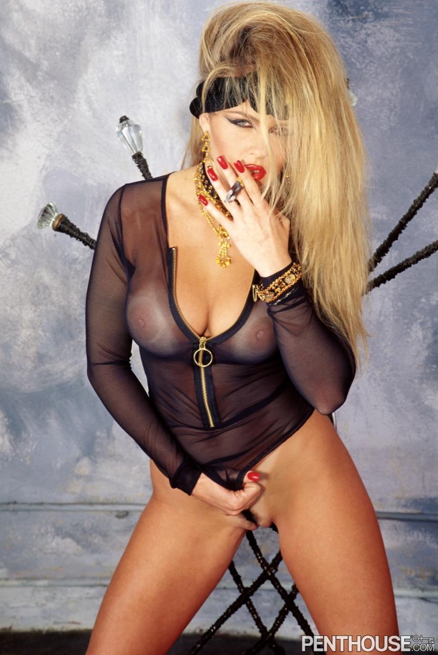 Dyanna Lauren nude. Pet Of The Month - July 1995