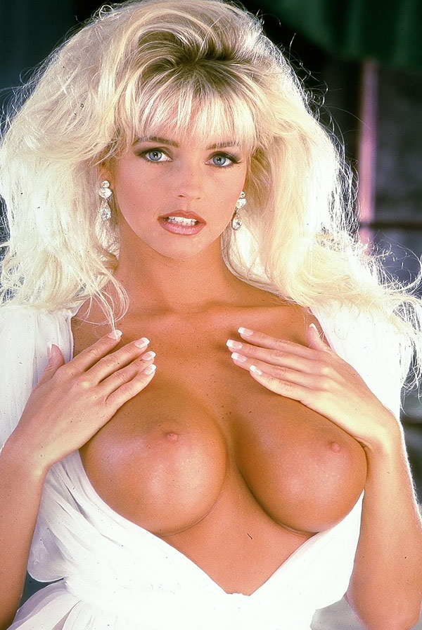 Elizabeth Ann Hilden nude. Pet Of The Month - June 1995