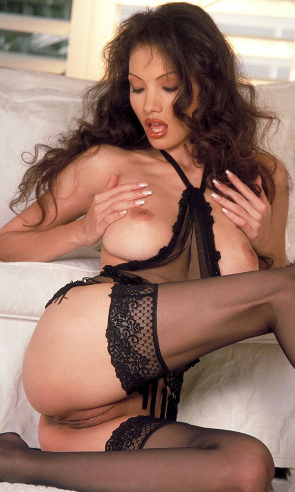 Linn Thomas nude. Pet Of The Month - October 2000
