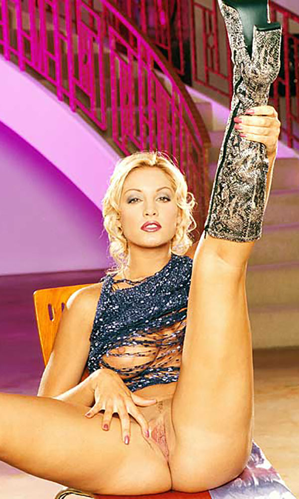 Stephanie Wood nude. Pet Of The Month - September 2001