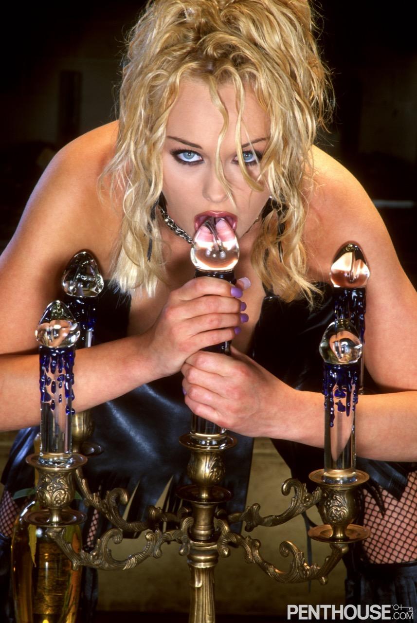 Martina Warren nude. Pet Of The Month - January 2003