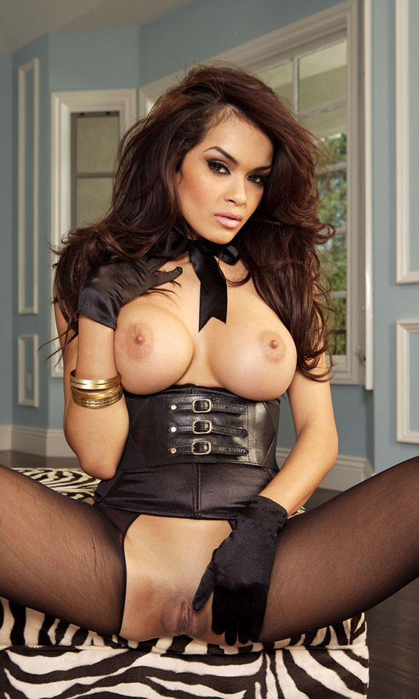 Daisy Marie nude. Pet Of The Month - June 2008