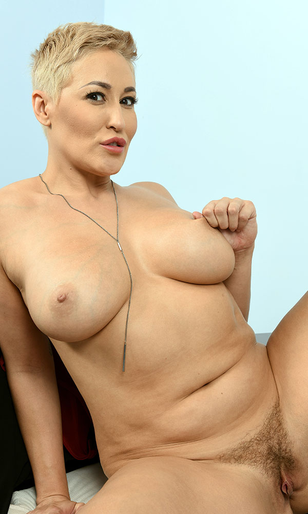 Ryan Keely nude. Pet Of The Month - October 2009