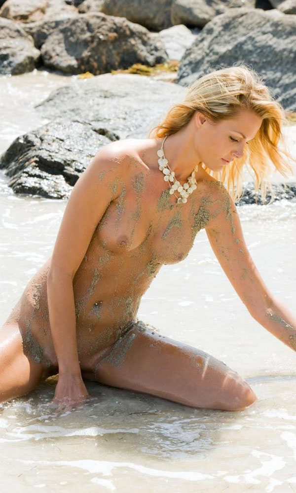 Jessica Wilson nude. Pet Of The Month - January 2010