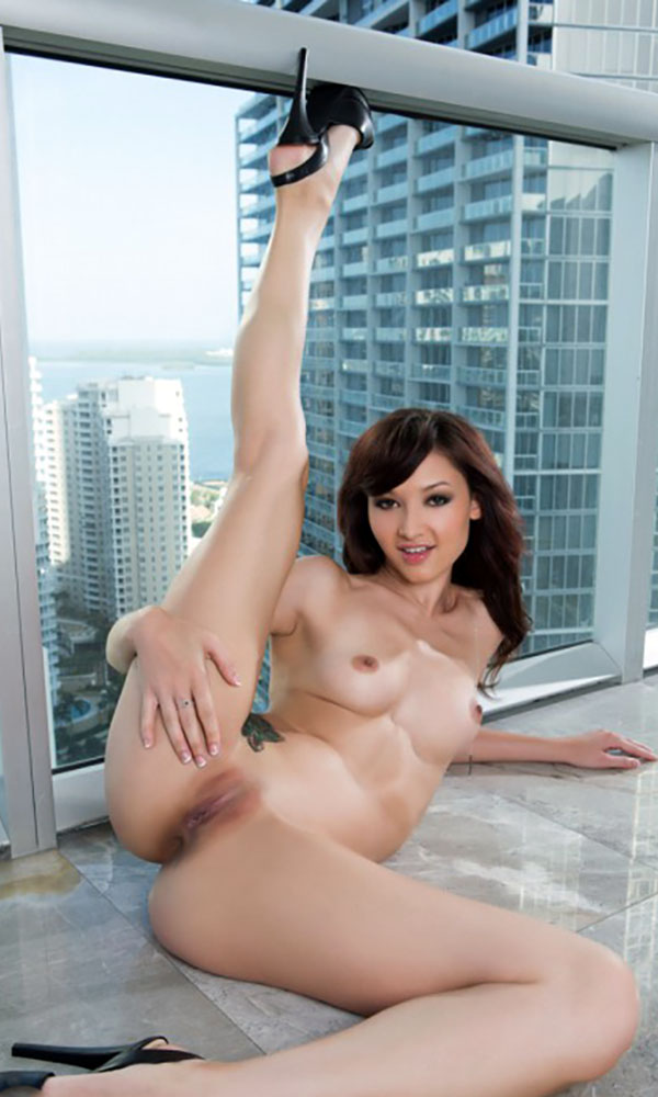 Anna Lee nude. Pet Of The Month - October 2015