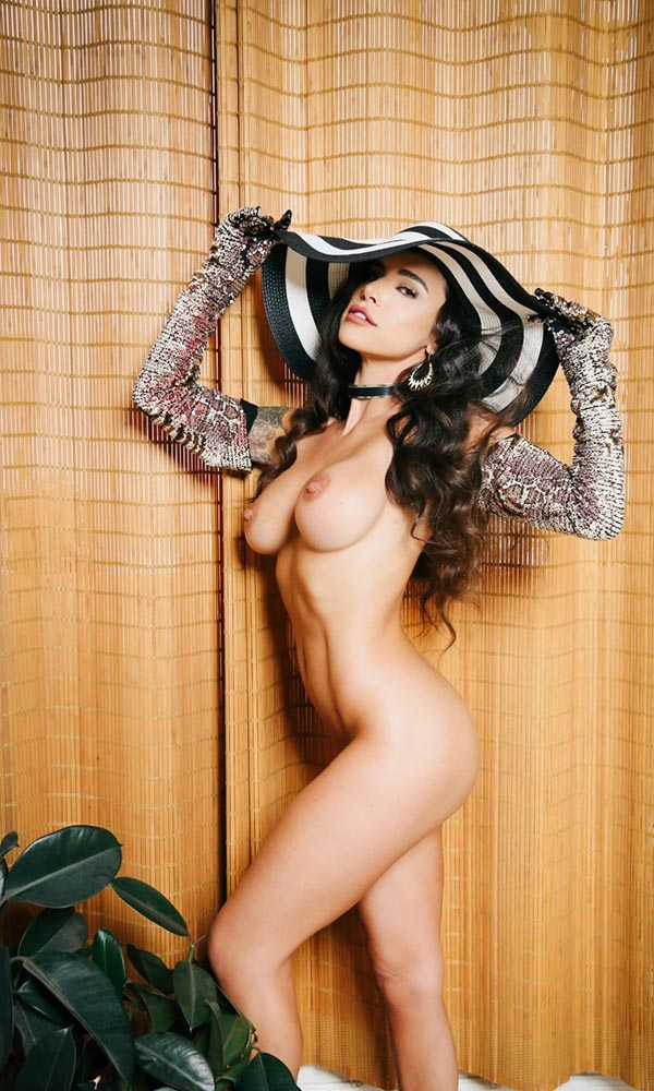 Suttin  nude. Pet Of The Month - October 2020