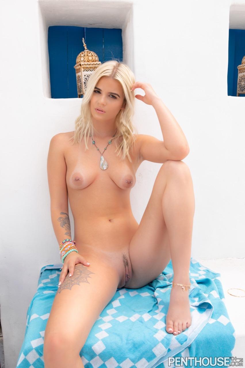 Sky Wonderland nude. Pet Of The Month - July 2021